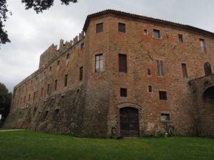 Castello di sorbello mura esterne